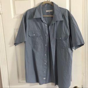 2 pocket button short sleeved
